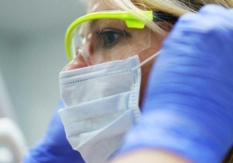 Dentisti, troppe spese di gestione Crisi di vocazione tra i giovani