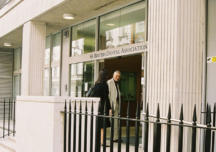 British Dental Association:  serve chiarezza ora sulle modalità di accesso al vaccino contro il COVID